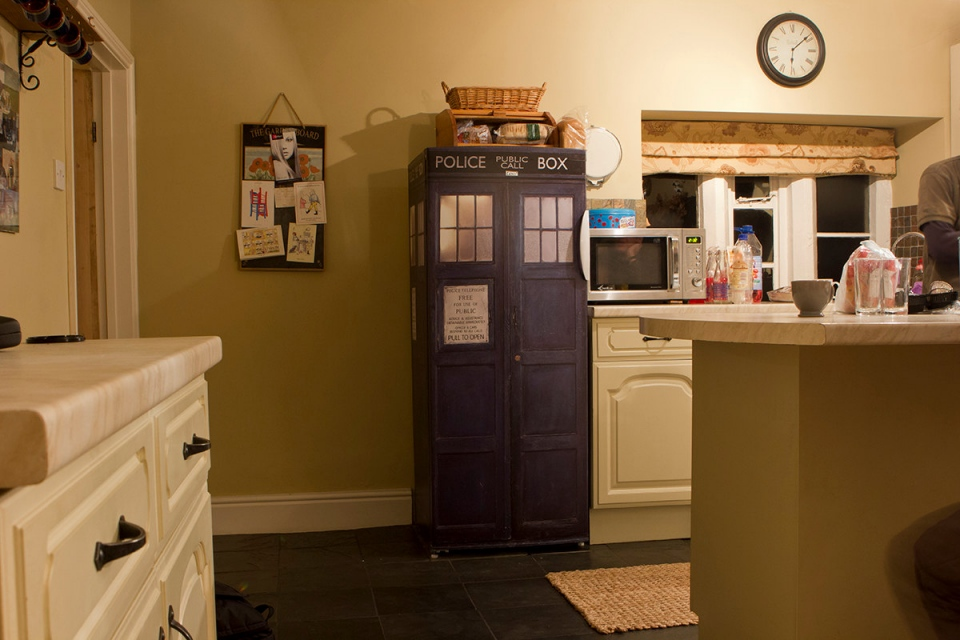 TARDIS Fridge Wrap: Time and Relative Dimensions in Snacks