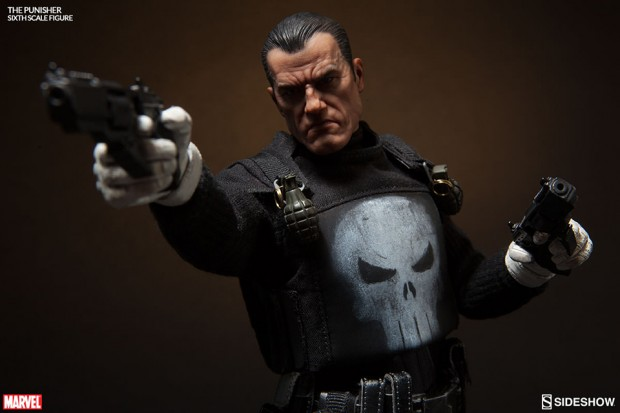 the_punisher_sixth_scale_action_figure_by_sideshow_collectibles_10