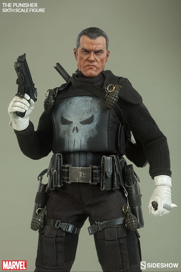 the_punisher_sixth_scale_action_figure_by_sideshow_collectibles_3