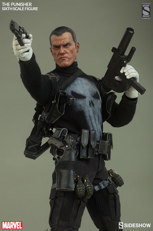 the_punisher_sixth_scale_action_figure_by_sideshow_collectibles_4