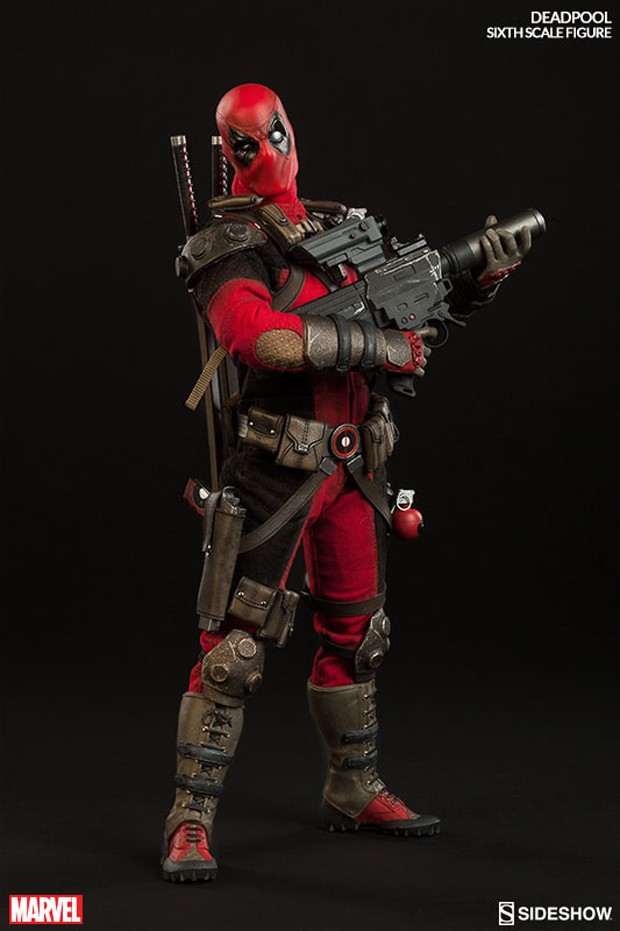 deadpool_sixth_scale_action_figure_sideshow_collectibles_5