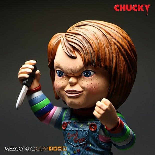 good_guys_chucky_roto_figure_by_mezco_toyz_3