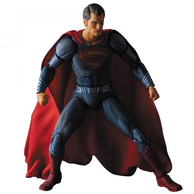 mafex_batman_v_superman_dawn_of_justice_by_medicom_11
