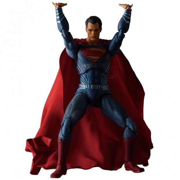 mafex_batman_v_superman_dawn_of_justice_by_medicom_12