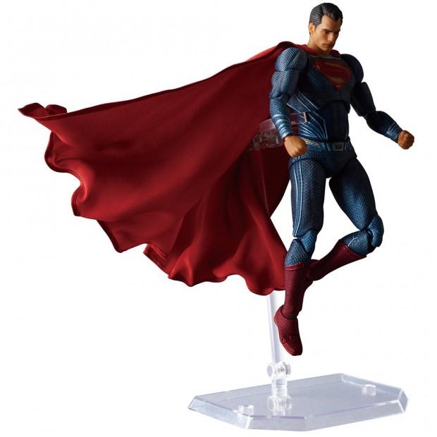 mafex_batman_v_superman_dawn_of_justice_by_medicom_13