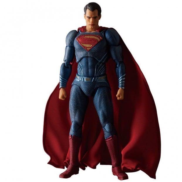 mafex_batman_v_superman_dawn_of_justice_by_medicom_17