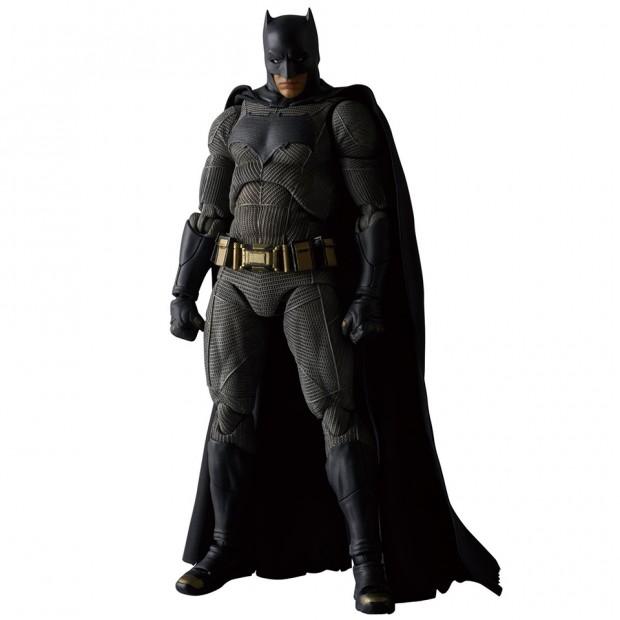 mafex_batman_v_superman_dawn_of_justice_by_medicom_2