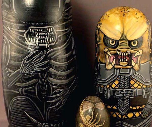 Alien vs Predator Nesting Dolls