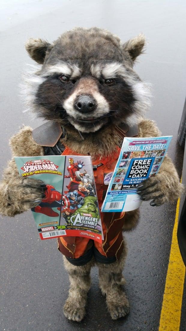 rocket_raccoon_costume_by_christina_borchardt_3