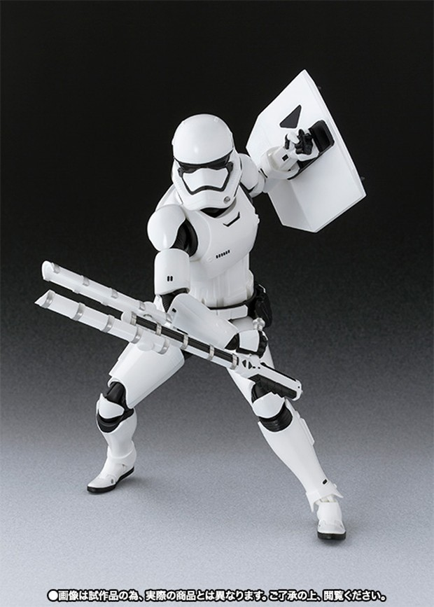 star_wars_first_order_stormtrooper_shield_baton_by_sh_figuarts_5