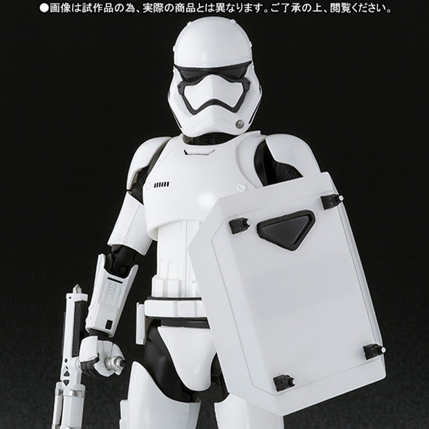 star_wars_first_order_stormtrooper_shield_baton_by_sh_figuarts_7