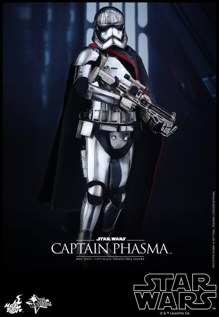 Hot Toys Sixth Scale Captain Phasma