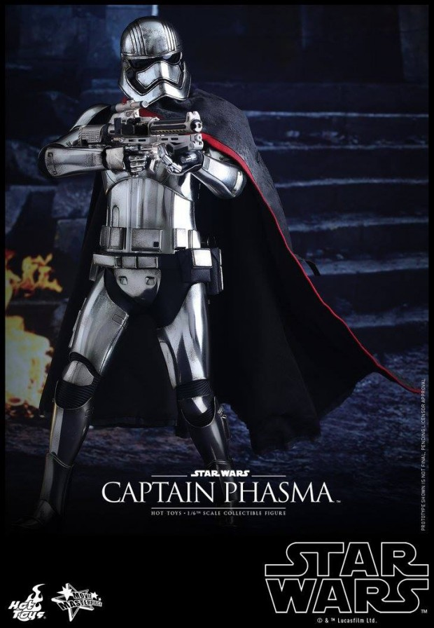 star_wars_force_awakens_captain_phasma_sixth_scale_action_figure_by_hot_toys_3