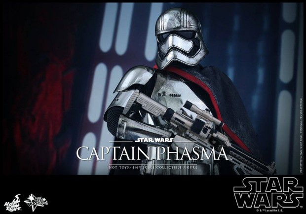star_wars_force_awakens_captain_phasma_sixth_scale_action_figure_by_hot_toys_7