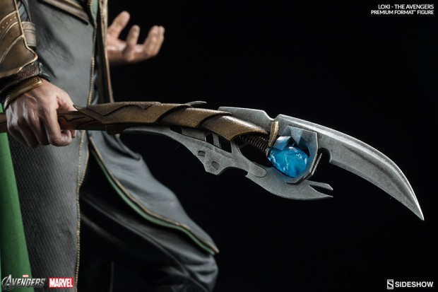 the_avengers_loki_premium_format_figure_by_sideshow_collectibles_8