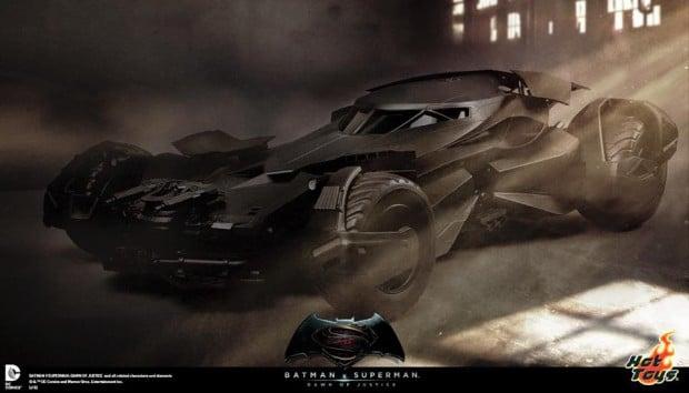 batman_v_superman_batmobile_remote_controlled_sixth_scale_hot_toys_1