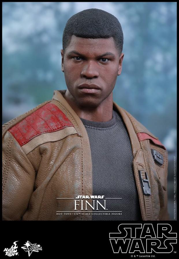 star_wars_vii_finn_riot_control_stormtrooper_hot_toys_12