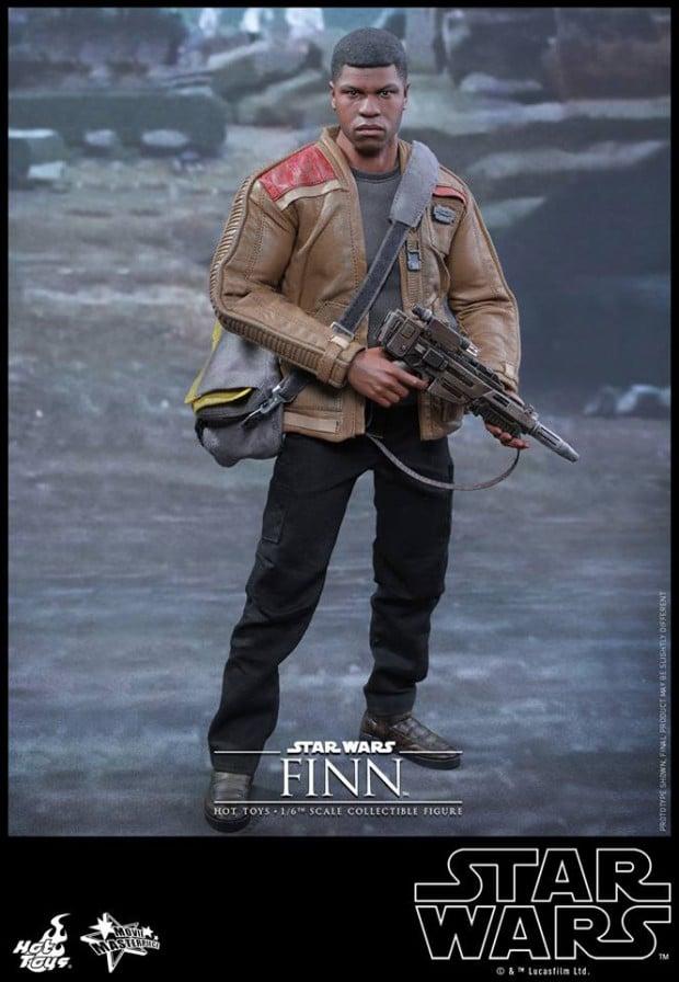 star_wars_vii_finn_riot_control_stormtrooper_hot_toys_8