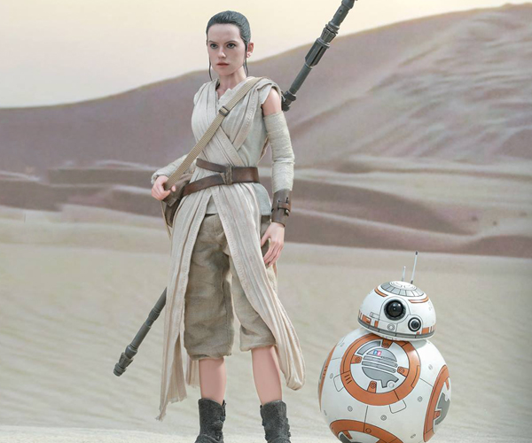 Hot Toys Star Wars VII Rey & BB-8 Sixth Scale Figures