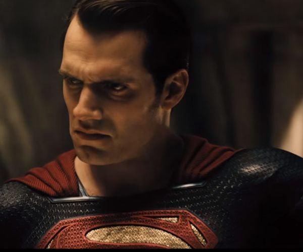 Batman v Superman: Dawn of Justice Sneak Peek