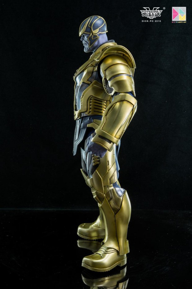 thanos_sixth_scale_action_figure_by_hot_toys_4