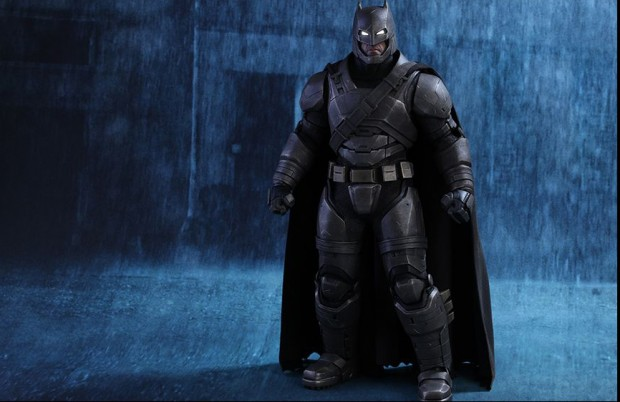 batman_v_superman_armored_batman_sixth_scale_action_figure_by_hot_toys_7