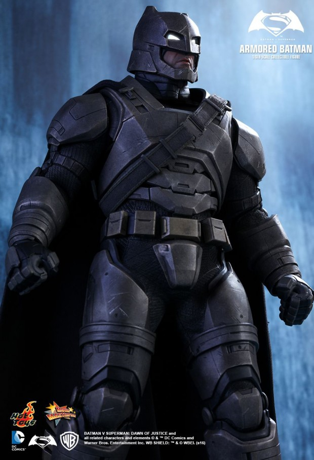 batman_v_superman_armored_batman_sixth_scale_action_figure_by_hot_toys_8