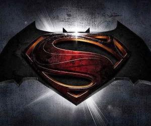 Batman v Superman Clip: The Bat Is Dead