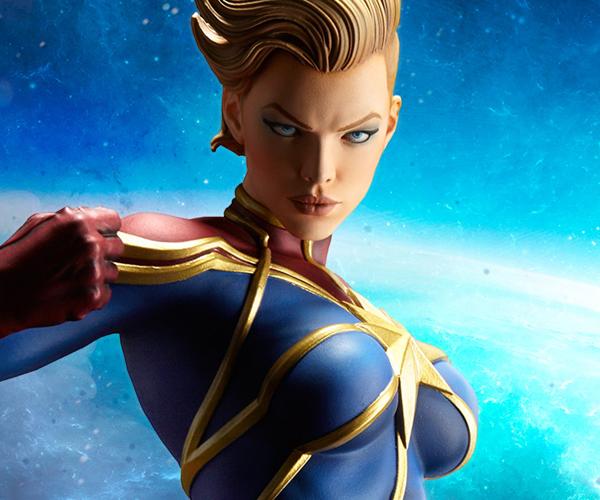 Sideshow Captain Marvel Premium Format Figure