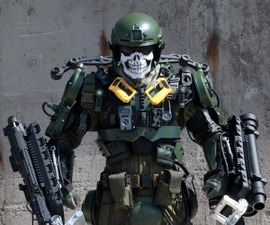 Life-Size Edge of Tomorrow Exosuit Is Made From Junk