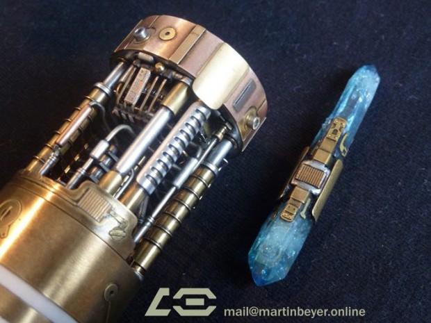 graflex_saber_skywalker_lightsaber_prototype_by_martin_beyer_7
