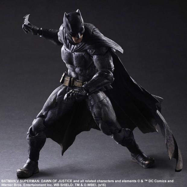 play_arts_kai_batman_v_superman_dawn_of_justice_batman_action_figure_4