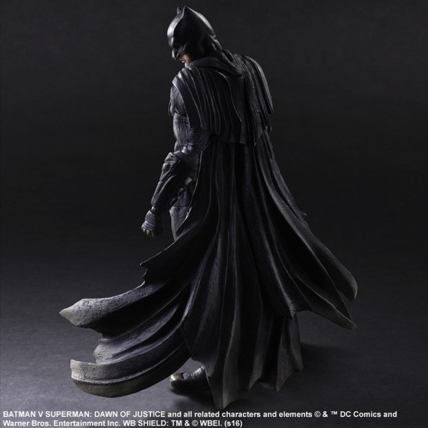 play_arts_kai_batman_v_superman_dawn_of_justice_batman_action_figure_8