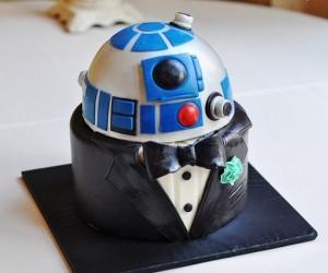 R2-D2 Groom's Cake: RTux-D2
