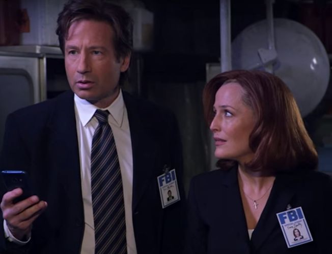 Jimmy Kimmel Helps Mulder and Scully with Modern Technology