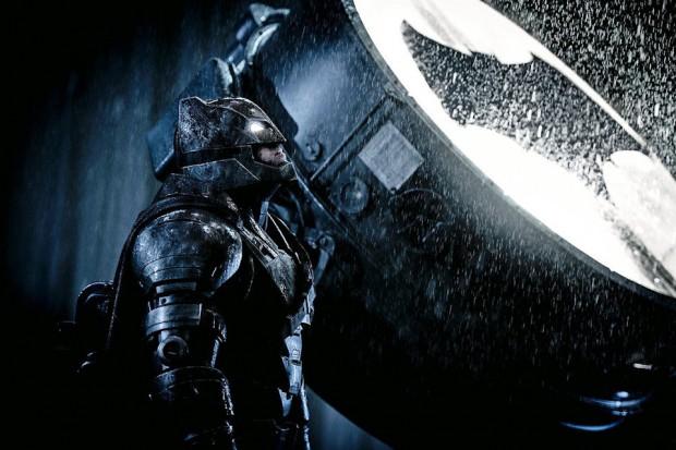 bat_signal_4