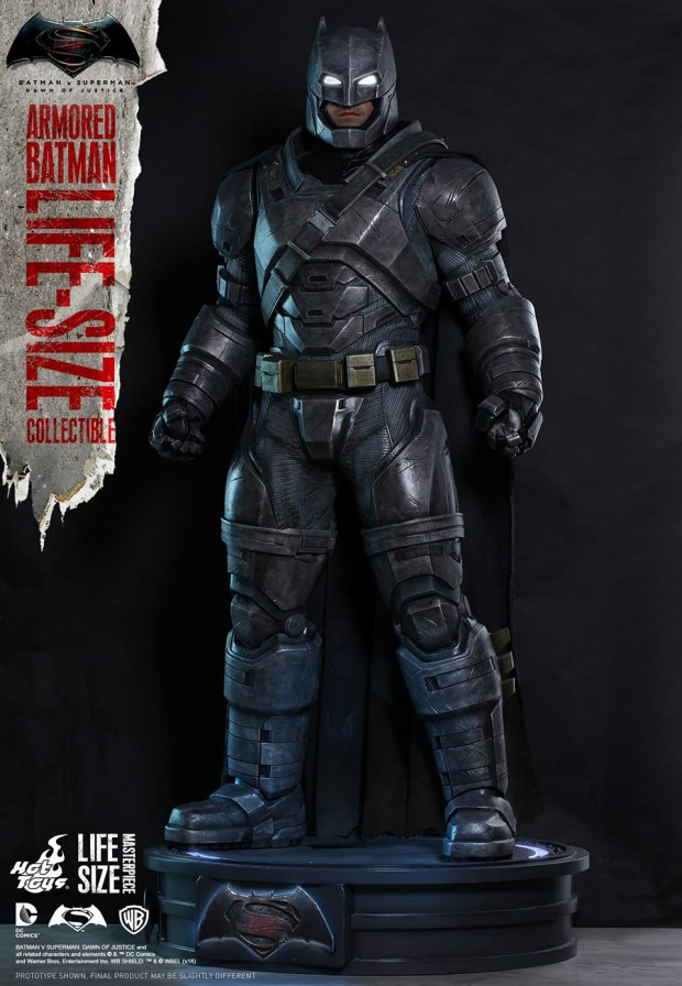 batman_v_superman_armored_batman_life_size_statue_by_hot_toys_11