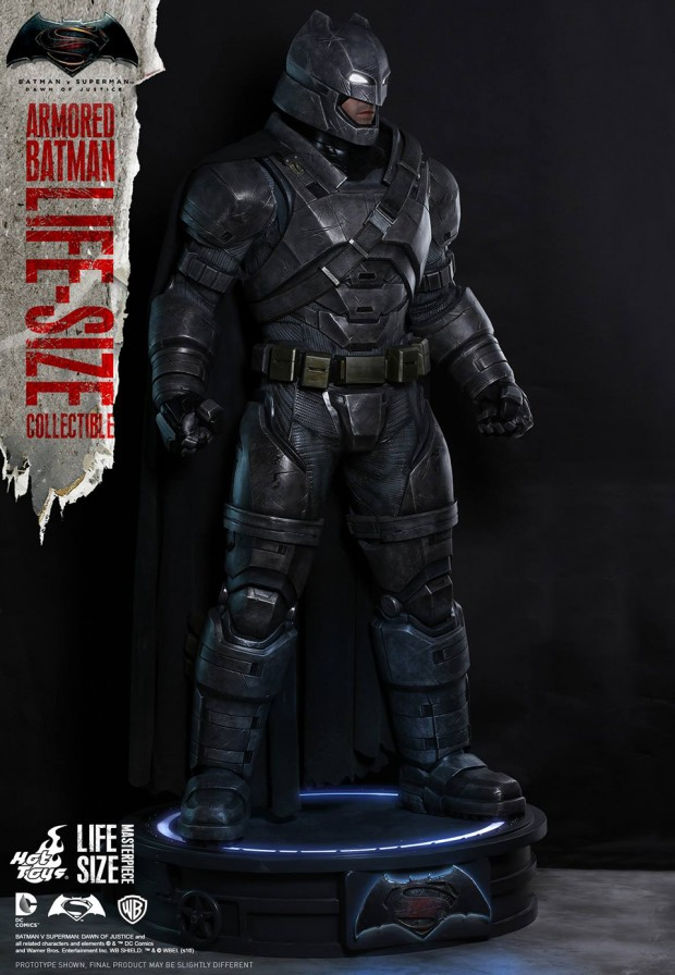 batman_v_superman_armored_batman_life_size_statue_by_hot_toys_4