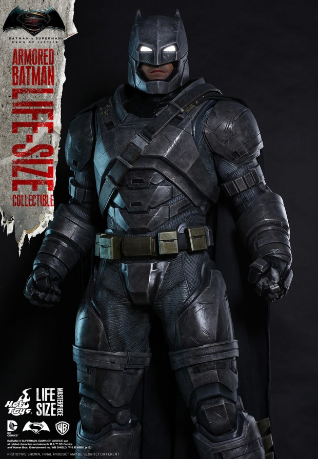 batman_v_superman_armored_batman_life_size_statue_by_hot_toys_5