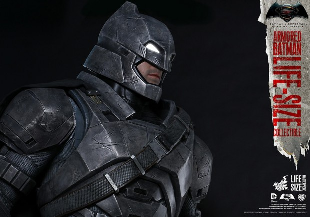 batman_v_superman_armored_batman_life_size_statue_by_hot_toys_6