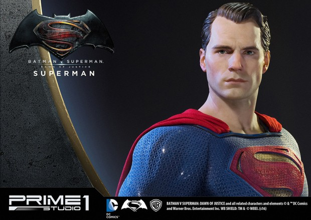 batman_v_superman_half-scale_statues_by_prime_1_studio_16