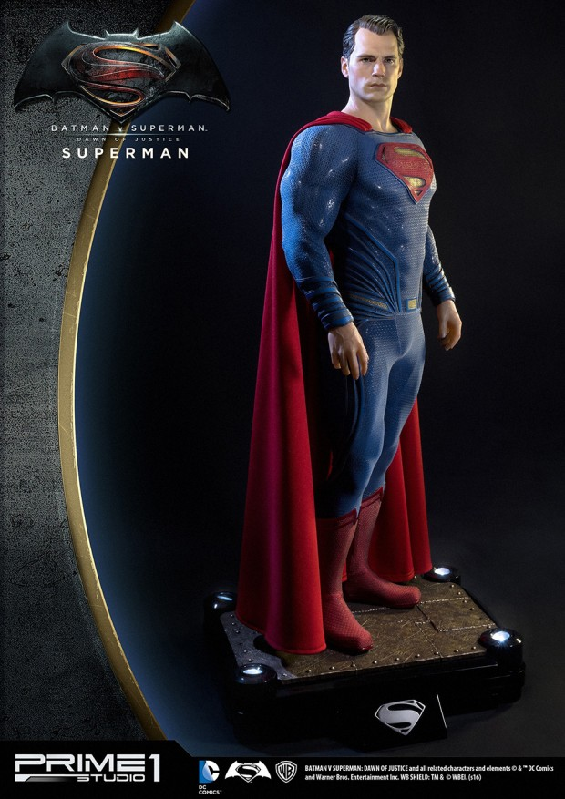 batman_v_superman_half-scale_statues_by_prime_1_studio_18