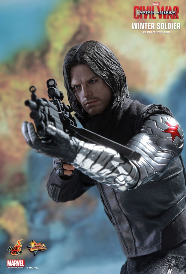 captain_america_civil_war_winter_soldier_sixth_scale_action_figure_hot_toys_18