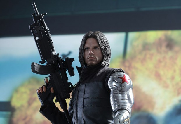 captain_america_civil_war_winter_soldier_sixth_scale_action_figure_hot_toys_20
