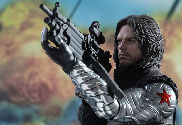 captain_america_civil_war_winter_soldier_sixth_scale_action_figure_hot_toys_21