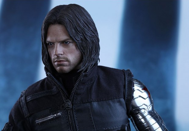 captain_america_civil_war_winter_soldier_sixth_scale_action_figure_hot_toys_24