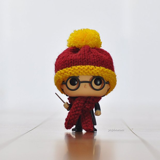 Knitted Beanie & Scarf Set for Funko Pop! Figures
