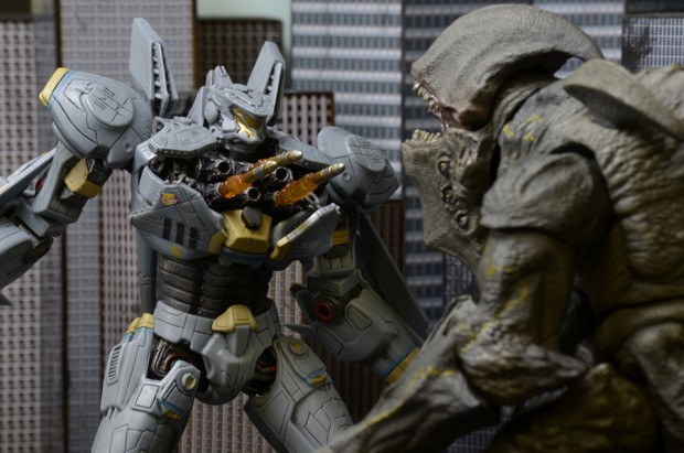 neca_7_ultimate_striker_eureka_action_figure_12