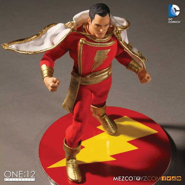 one_12_collective_shazam_action_figure_by_mezco_toyz_9