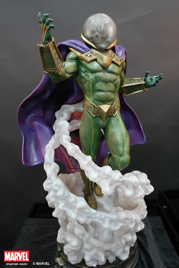xm_studios_mysterio_statue_2